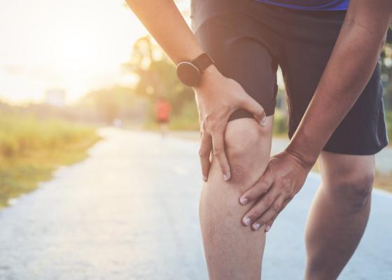 Runner having knee pain.